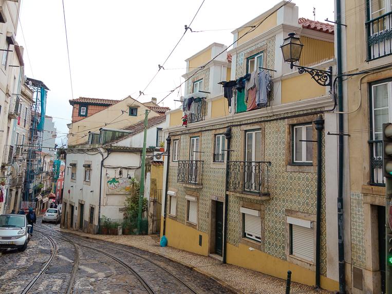 https://en.wikivoyage.org/wiki/Lisbon